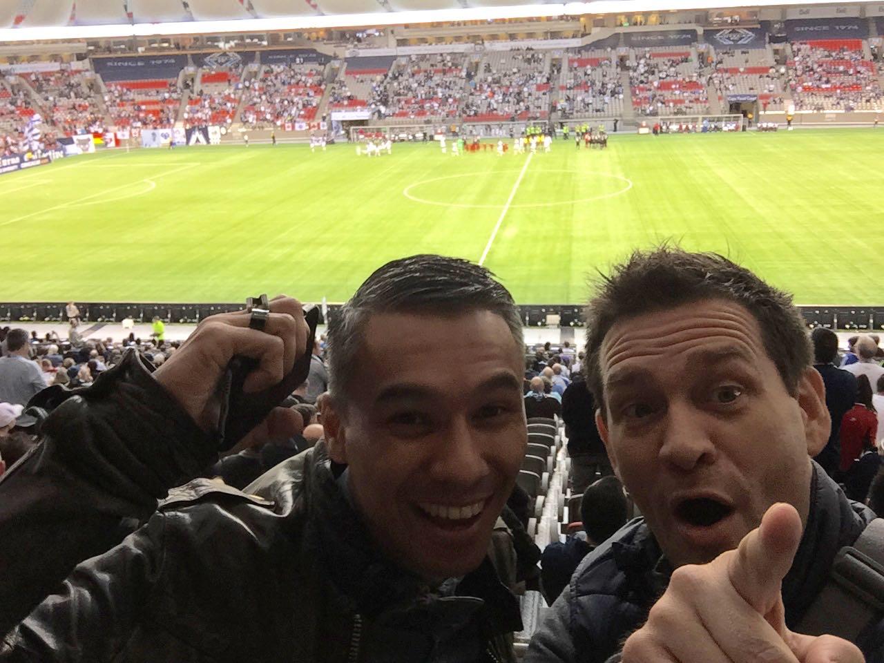 Ben Harmanus (links) und Dave Hertig im Fussballstation: Vancouver White Caps vs. Olimpia aus Paraguay (Concacaf Champions League)
