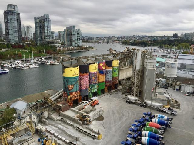Vancouver: schwere Industrie und Luxuswohnungen